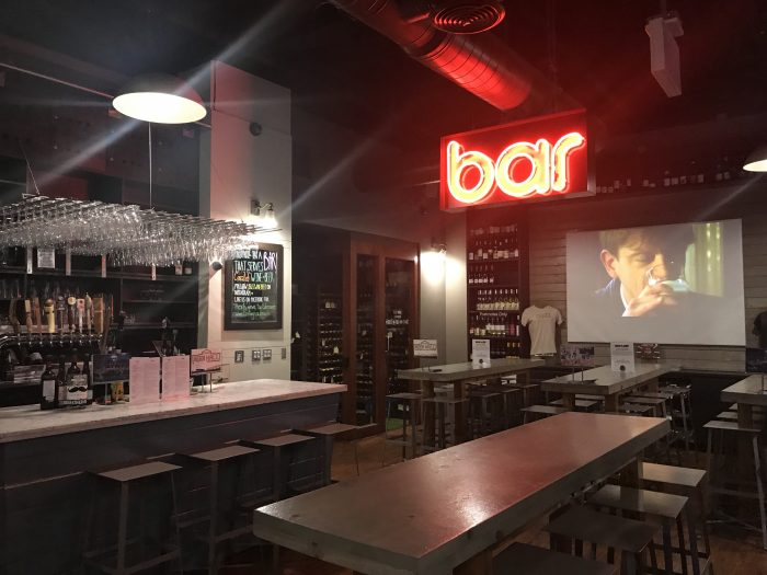 buzz wine beer bar 700x525 - The best craft beer in Downtown Los Angeles