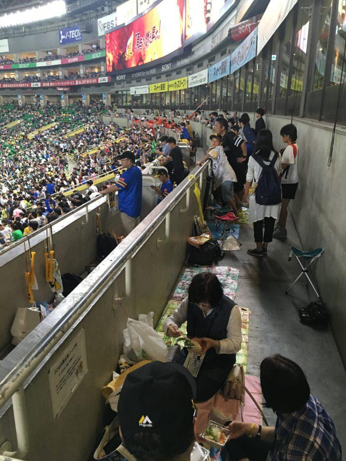fukuoka softbank hawks standing room 700x933 - Attending a Fukuoka SoftBank Hawks Japanese baseball game