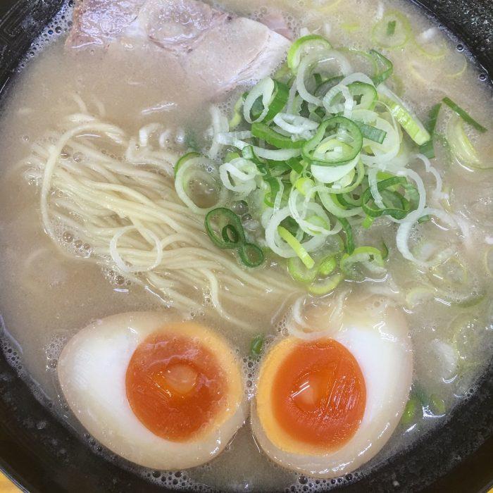 nambawan tonkotsu 700x700 - The best tonkotsu ramen in Fukuoka, Japan