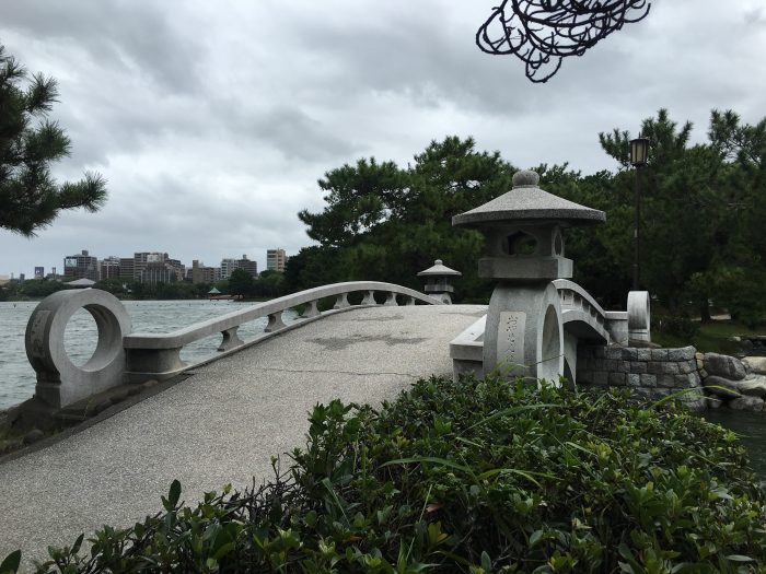 ohori park bridge 700x525 - A walking tour of the parks, shrines, & temples of Fukuoka, Japan