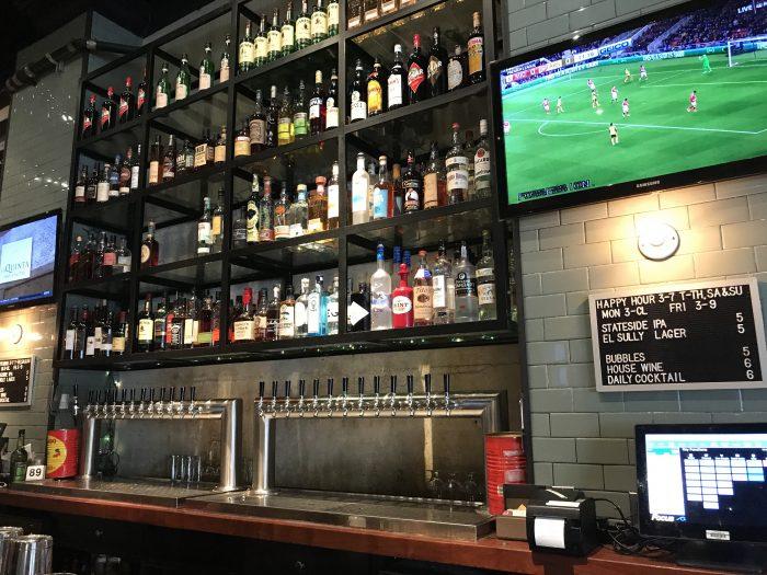 spring street bar los angeles 700x525 - The best craft beer in Downtown Los Angeles