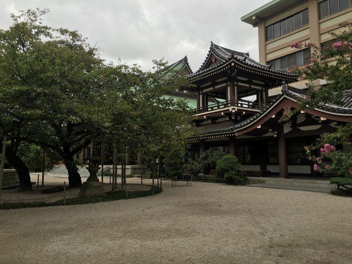 tocho ji fukuoka 700x525 - A walking tour of the parks, shrines, & temples of Fukuoka, Japan