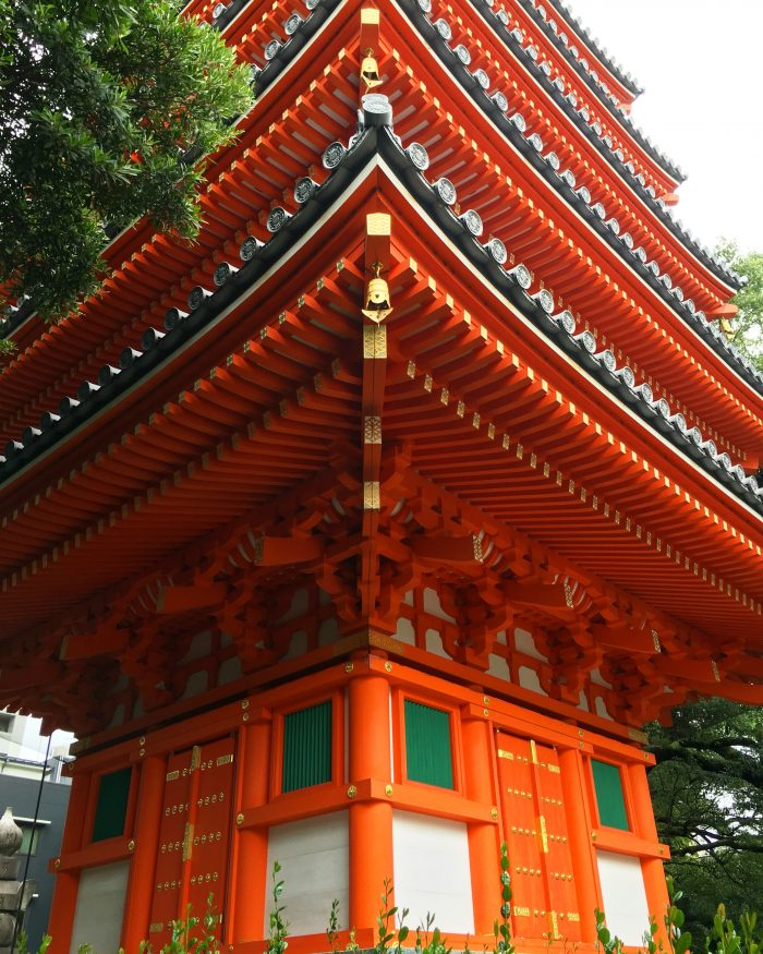 tocho ji tower 700x875 - A walking tour of the parks, shrines, & temples of Fukuoka, Japan