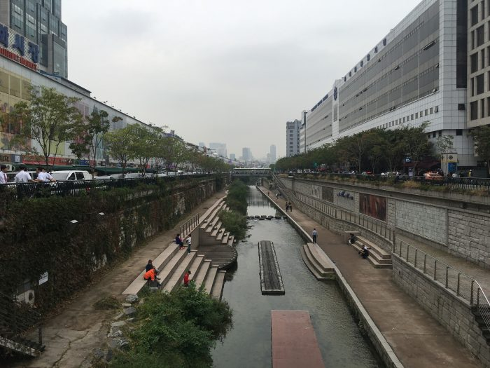 cheonggyecheon stream 700x525 - Walking the Seoul City Wall - Heunginjimun Gate Trail section
