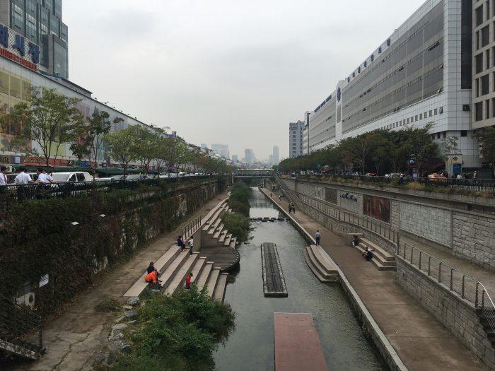 cheonggyecheon stream 700x525 - Walking the Seoul City Wall - Heunginjimun Gate Trail section