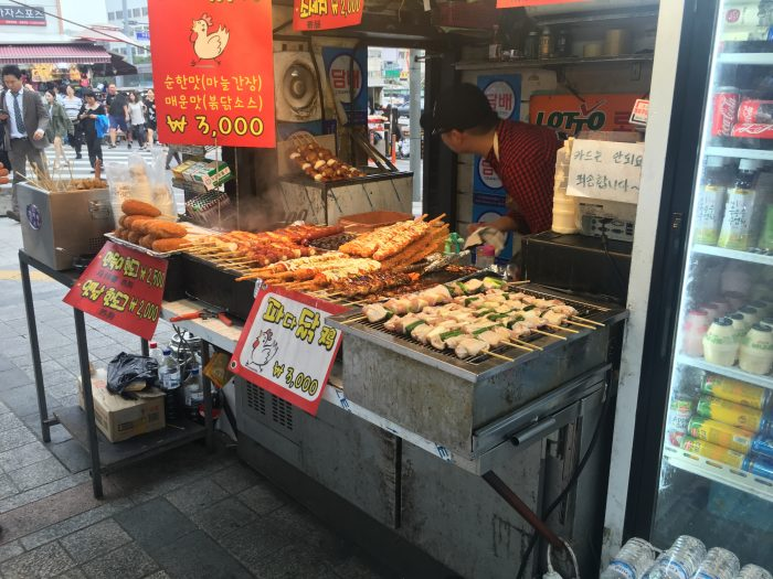 dongdaemun market street food 700x525 - Walking the Seoul City Wall - Heunginjimun Gate Trail section