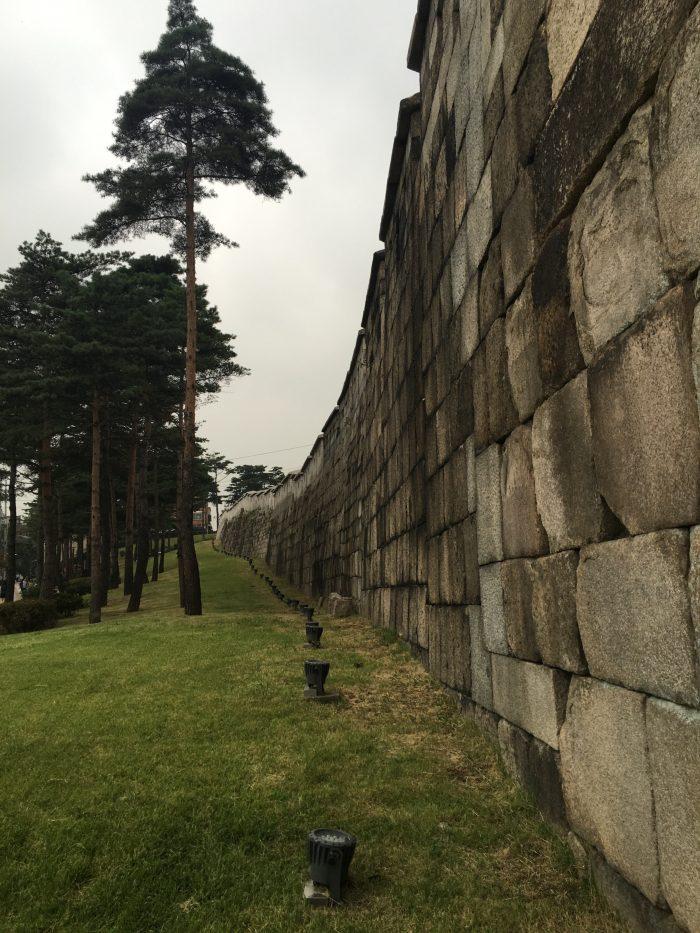 heunginjimun gate trail 700x933 - Walking the Seoul City Wall - Heunginjimun Gate Trail section