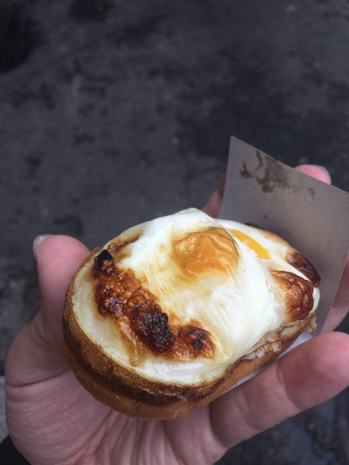 korean street food egg pancake 700x933 - A visit to Jongmyo Shrine in Seoul, South Korea