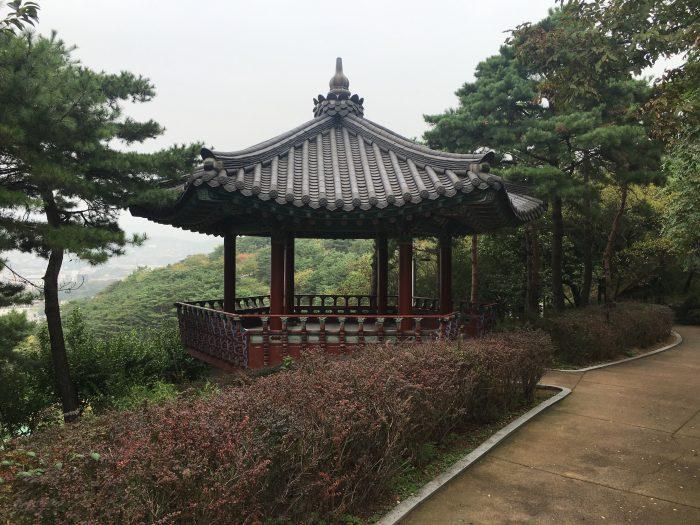 naksan park pavilion 700x525 - Walking the Seoul City Wall - Naksan Mountain Trail section