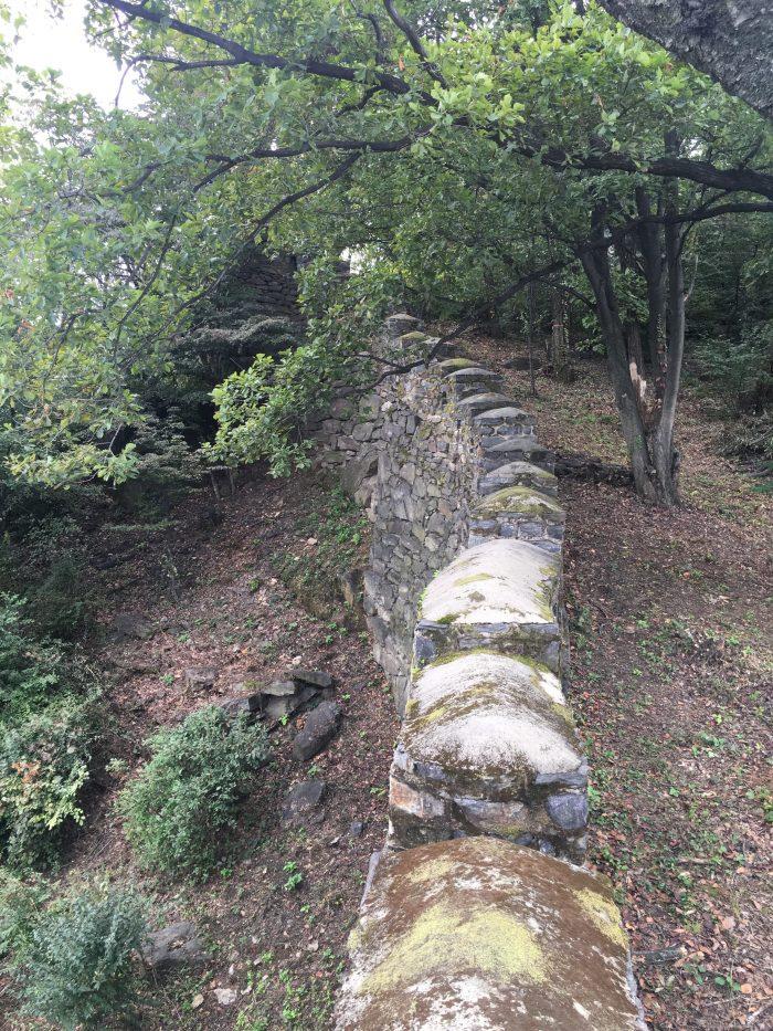 namsan mountain trail city wall 700x933 - Walking the Seoul City Wall - Namsan (Mongmyeok) Mountain Trail section
