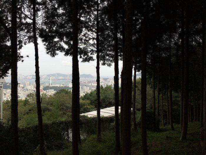 cheonmasan sculpture park 700x525 - A visit to Gamcheon Culture Village in Busan, South Korea