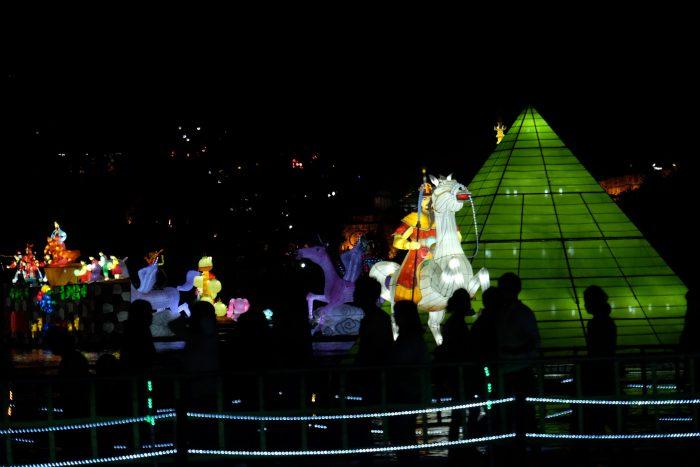 jinju lantern festival south korea 700x467 - Attending the Jinju Lantern Festival in Jinju, South Korea
