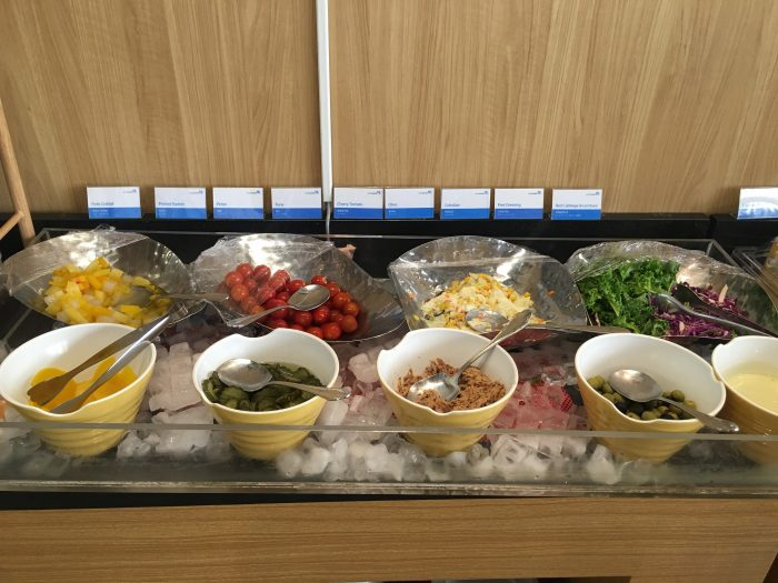 air lounge hue seoul gimpo salad bar 700x525 - Air Lounge Hue Seoul Gimpo GMP review