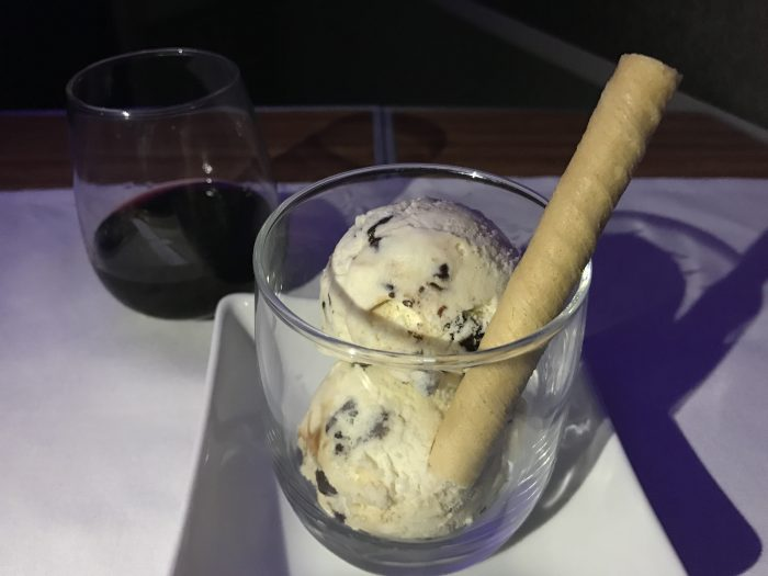 american airlines business class boeing 777 200 los angeles to london heathrow ice cream port 700x525 - American Airlines Business Class Boeing 777-200 Los Angeles LAX to London Heathrow LHR review
