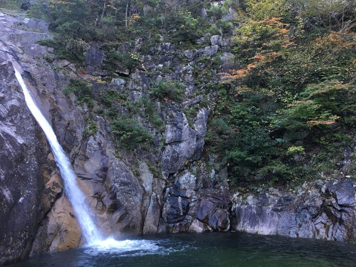 biryong falls 700x525 - Hiking in Seoraksan National Park - Biryong, Yukdam, & Towangseong Falls