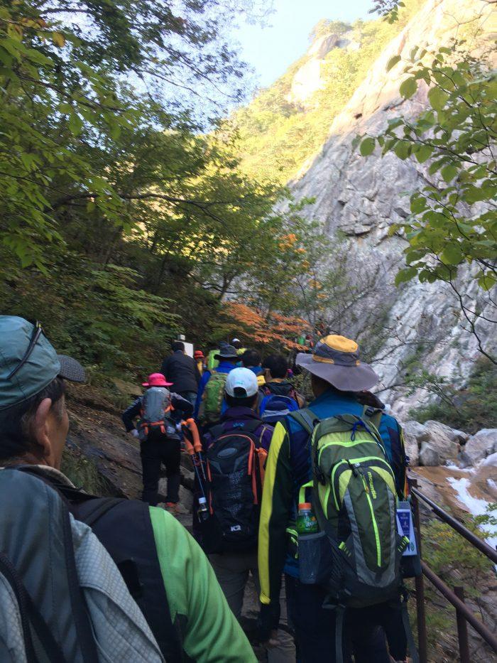 biryong yukdam towangseong falls hike crowds 700x933 - Hiking in Seoraksan National Park - Biryong, Yukdam, & Towangseong Falls