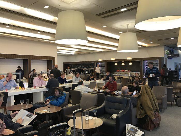 british airways north galleries club lounge london heathrow 700x525 - British Airways North Galleries Club Lounge London Heathrow LHR review
