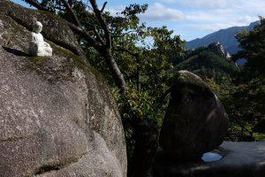 heundeulbawi 300x200 - Hiking in Seoraksan National Park - Heundeulbawi Rock, Gyejoam Grotto, & Ulsanbawi Rock