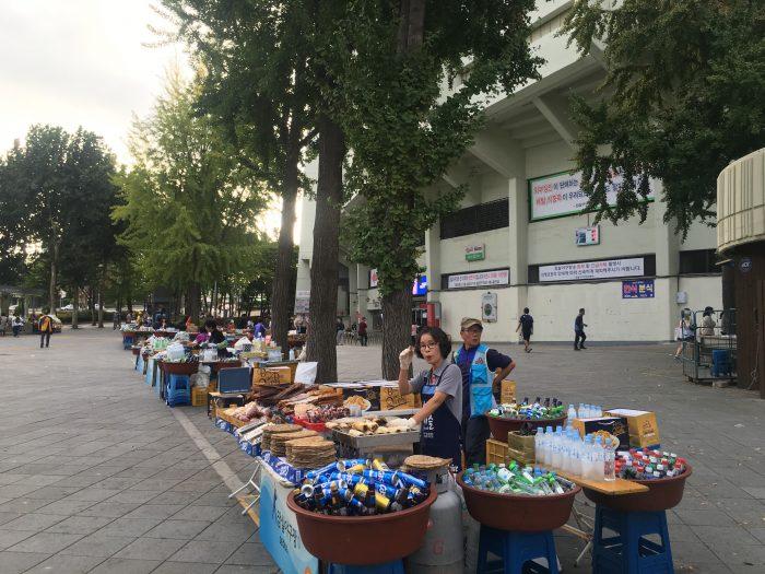 jamsil stadium outside vendors 700x525 - Attending a Doosan Bears KBO game at Jamsil Stadium in Seoul, South Korea