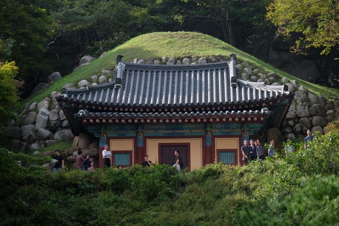 seokguram grotto 700x467 - A day trip from Busan to Gyeongju, South Korea