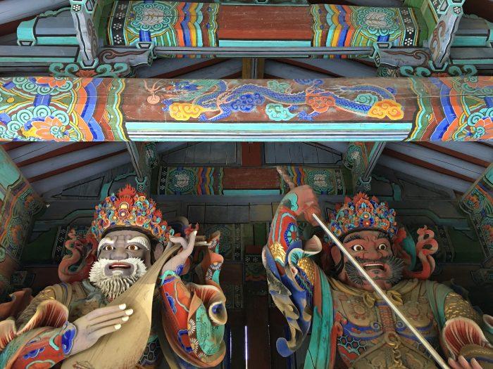 sinheungsa temple 700x525 - Hiking in Seoraksan National Park - Heundeulbawi Rock, Gyejoam Grotto, & Ulsanbawi Rock
