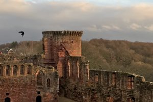 glasgow bothwell castle 300x200 - A day trip from Glasgow to Bothwell Castle