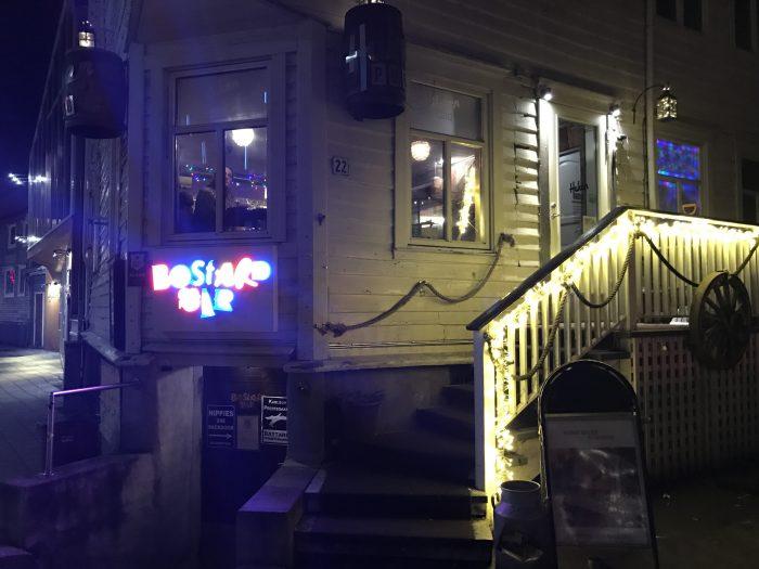 huken pub bastard bar 700x525 - The best craft beer in Tromsø, Norway