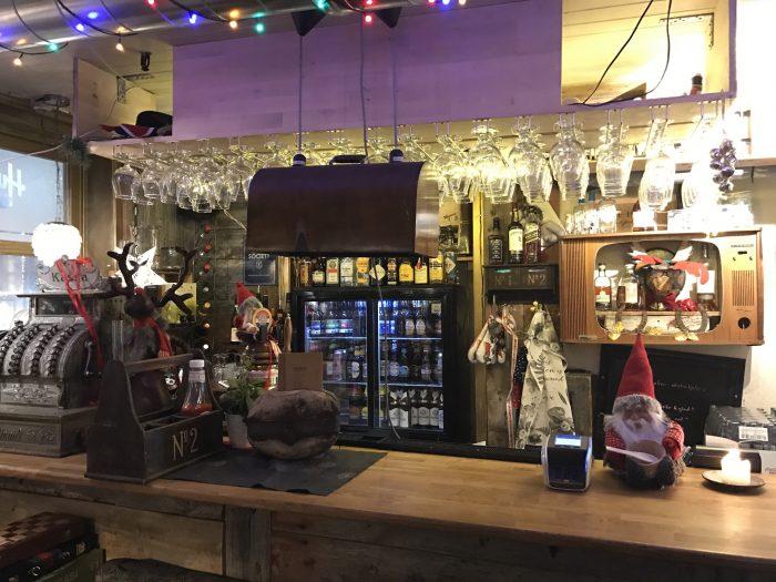huken pub tromso 700x525 - The best craft beer in Tromsø, Norway