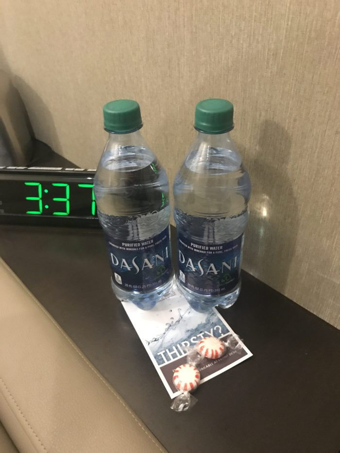 minute suites dallas fort worth dfw terminal a water 700x933 - Minute Suites Dallas-Fort Worth DFW Terminal A review