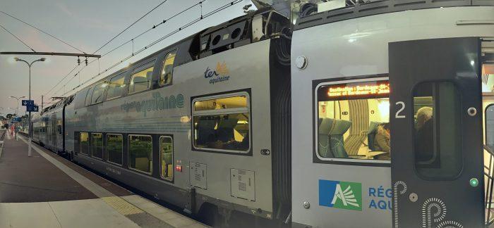 arcachon bordeaux train 700x324 - A day trip from Bordeaux to Dune du Pilat & Arcachon