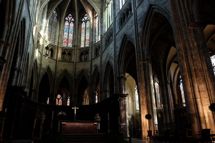 bordeaux cathedral 700x467 - A walking tour of historic Bordeaux & The Port of the Moon