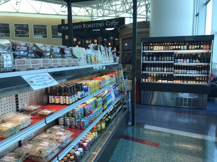 capers market pdx portland airport 700x525 - Capers Market Portland PDX Priority Pass review