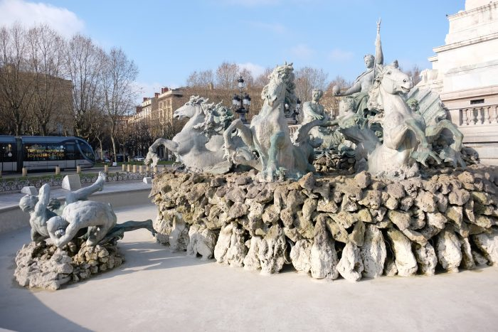 monument aux girondins bordeaux winter 700x467 - A walking tour of historic Bordeaux & The Port of the Moon