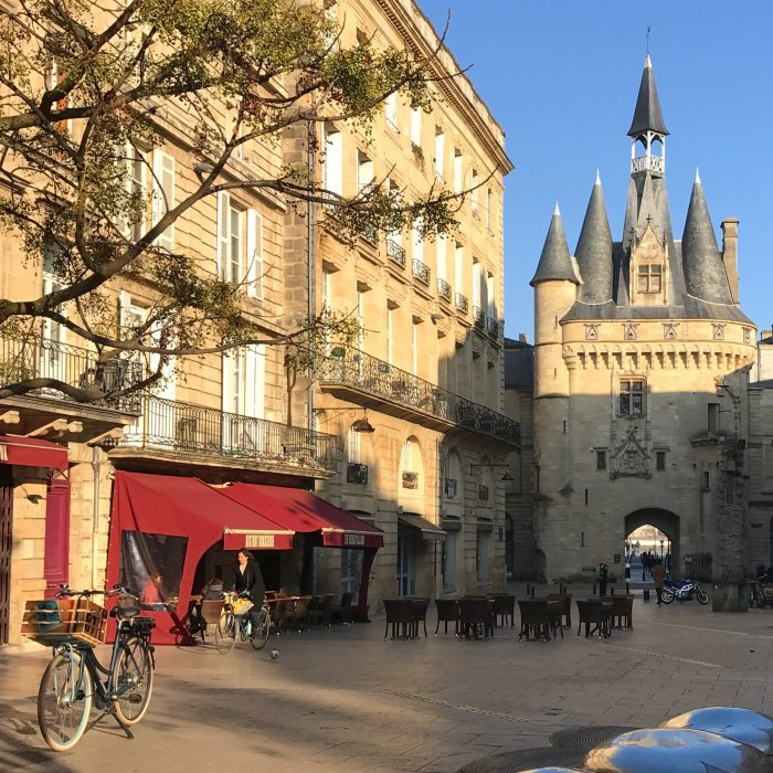 porte cailhau bordeaux 700x700 - A walking tour of historic Bordeaux & The Port of the Moon