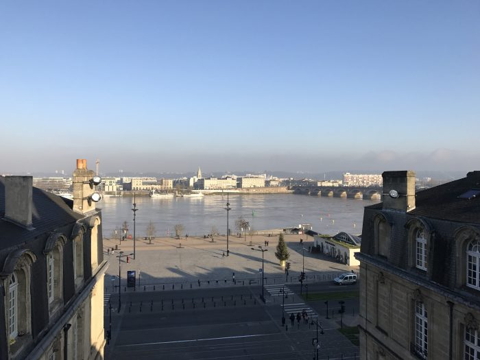 porte cailhau view river 700x525 - A walking tour of historic Bordeaux & The Port of the Moon
