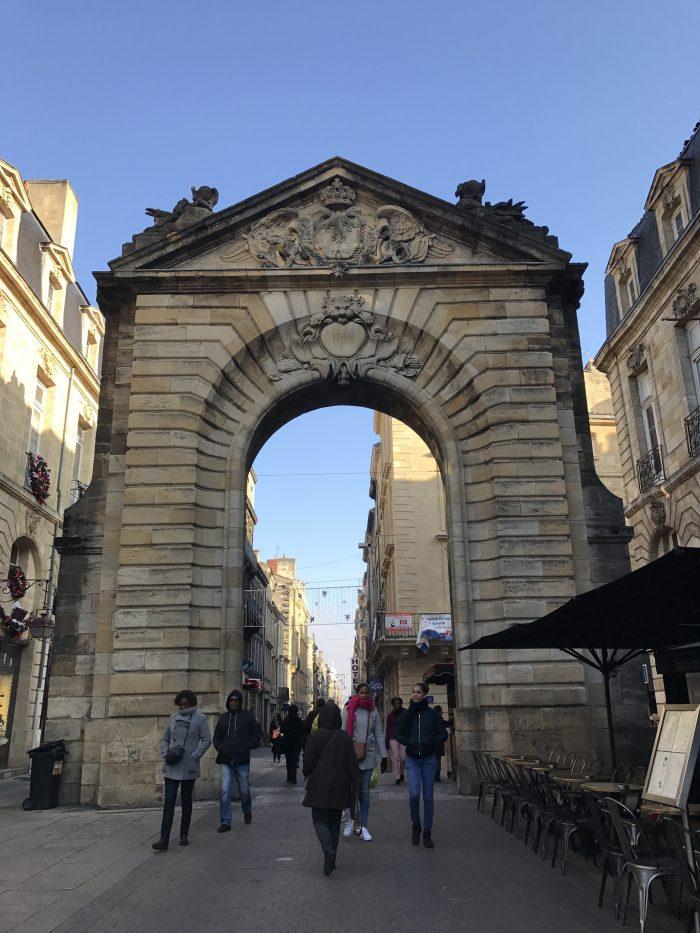 porte dijeaux bordeaux 700x933 - A walking tour of historic Bordeaux & The Port of the Moon