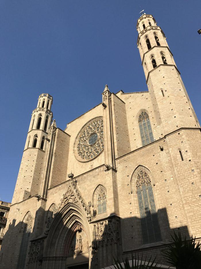 basilica de santa maria del mar gothic quarter barcelona 700x933 - The top 10 things to do in the Gothic Quarter of Barcelona
