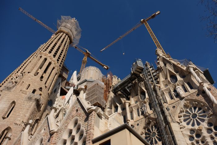 sagrada familia construction 700x467 - A visit to the Sagrada Familia in Barcelona, Spain