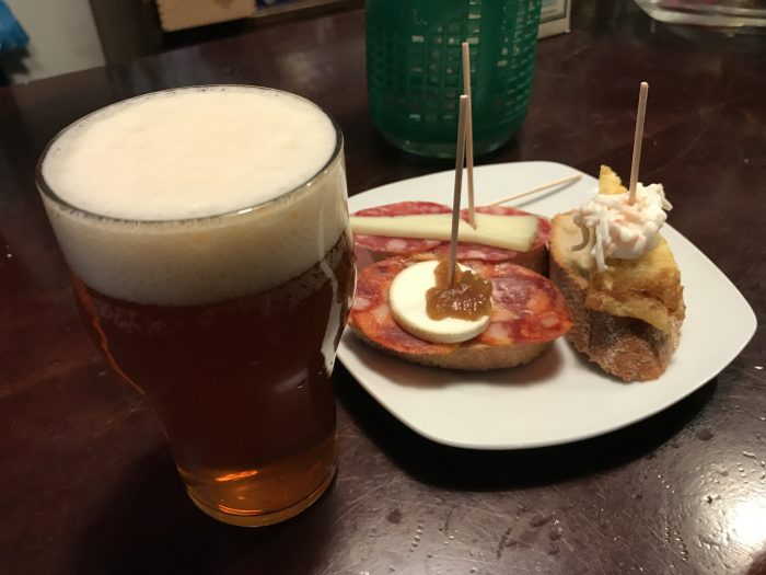 beer pintxos barcelona 700x525 - The best craft beer in Barcelona, Spain