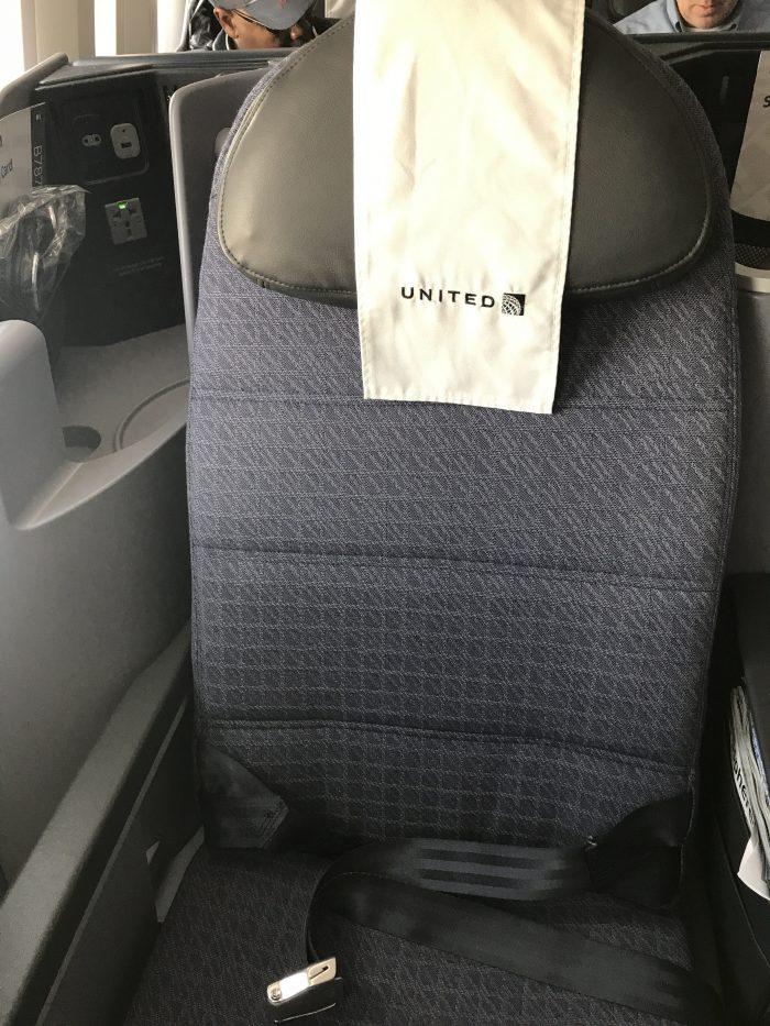 united polaris business class seat boeing 787 9 san francisco sfo to denver den 700x933 - United Polaris Business Class Boeing 787-9 San Francisco SFO to Denver DEN review