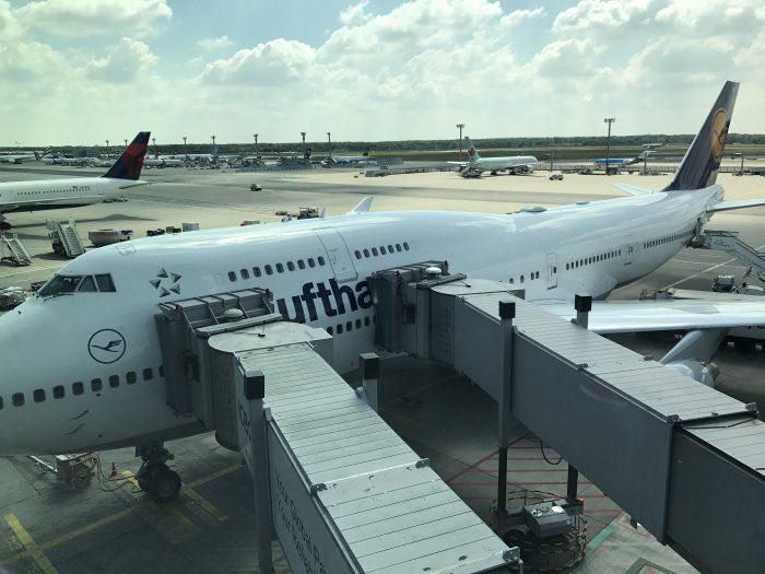 lufthansa boeing 747 frankfurt 700x525 - Lufthansa Business Class Boeing 747-400 Denver DEN to Frankfurt FRA review