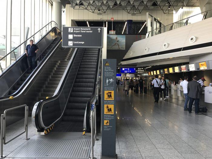 luxxlounge frankfurt airport location 700x525 - LuxxLounge Frankfurt Airport FRA review