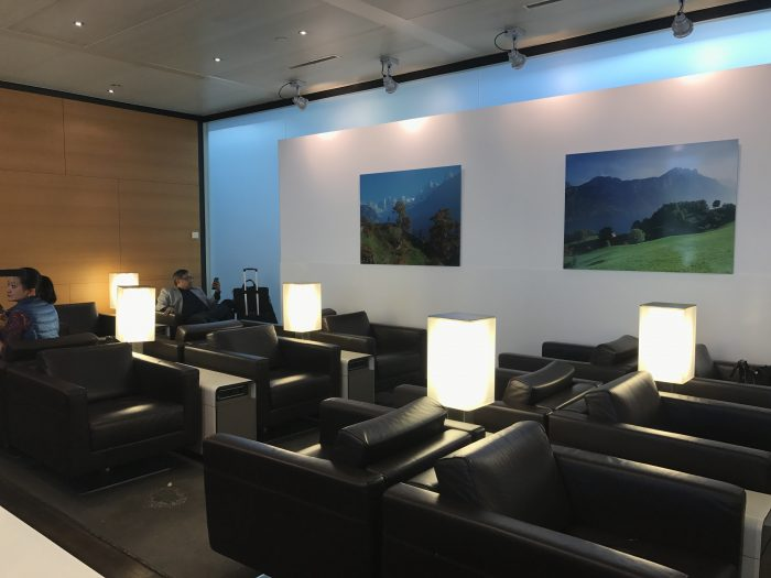 swiss business class lounge geneva airport seating 700x525 - Swiss Business Class Lounge Geneva Airport GVA review