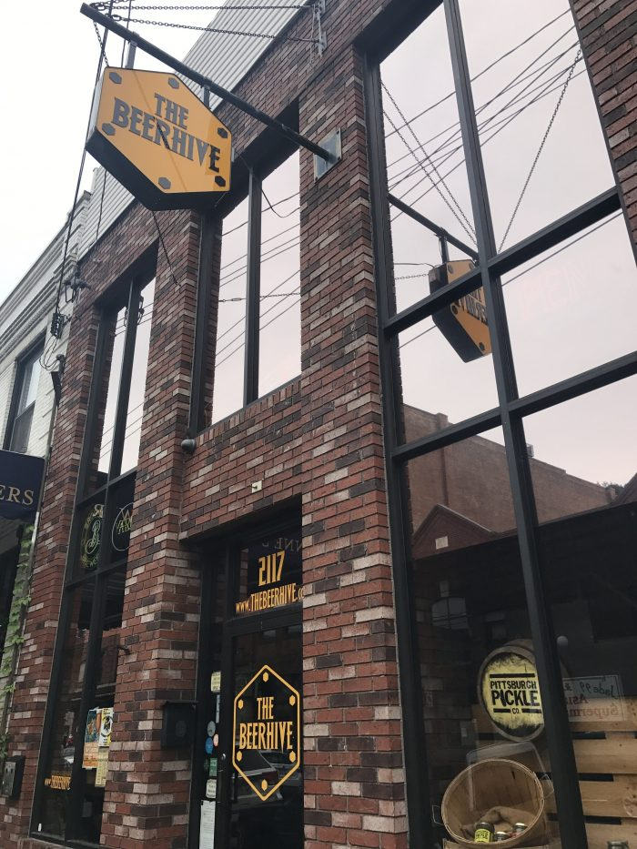 beerhive craft beer pittsburgh 700x933 - The best craft beer in Pittsburgh, Pennsylvania