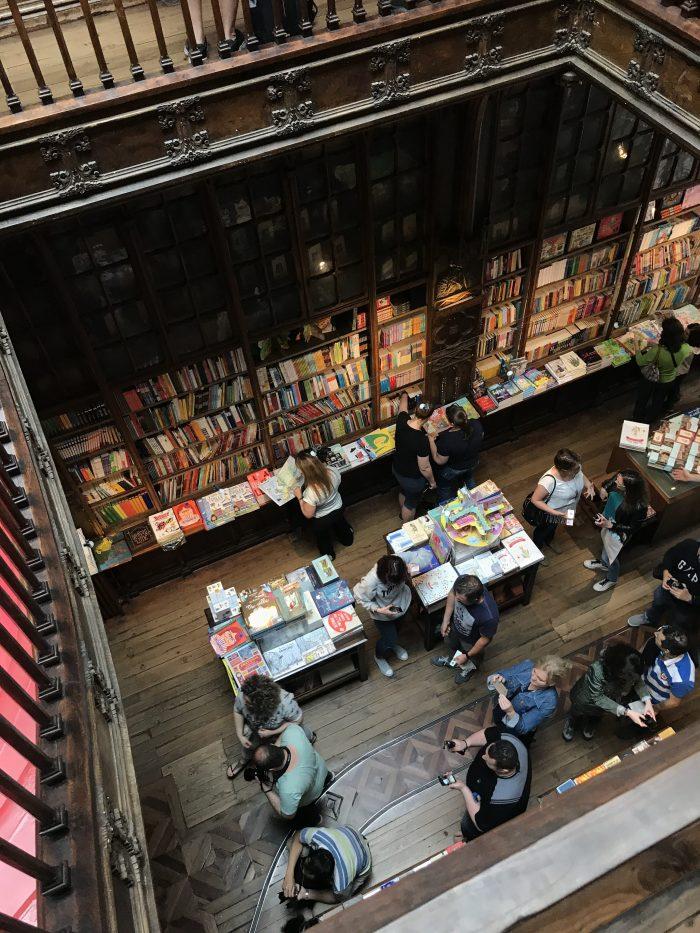 livraria lello bookstore porto 700x933 - How to have a Harry Potter & JK Rowling experience in Porto, Portugal