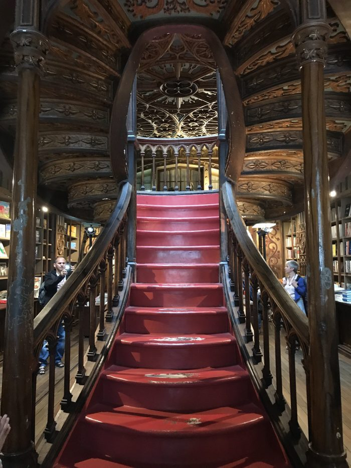 livraria lello staircase jk rowling harry potter porto 700x933 - How to have a Harry Potter & JK Rowling experience in Porto, Portugal
