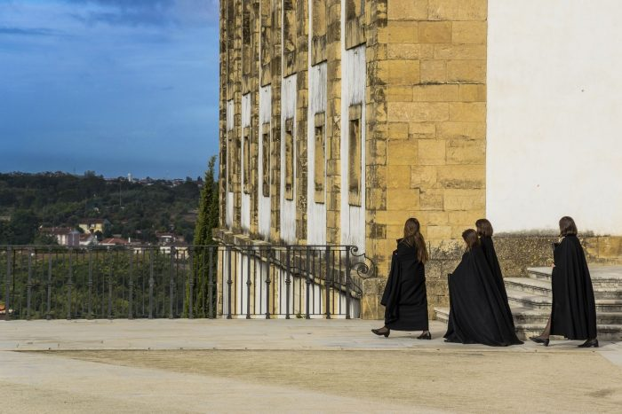 portuguese students capes 700x467 - How to have a Harry Potter & JK Rowling experience in Porto, Portugal