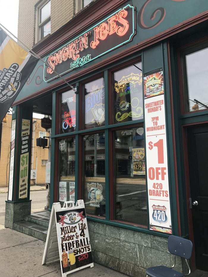 smokin joes saloon craft beer pittsburgh 700x933 - The best craft beer in Pittsburgh, Pennsylvania