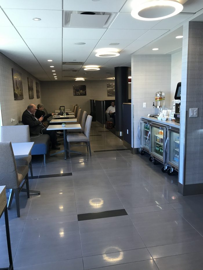 the club pittsburgh lounge dining room 700x933 - The Club at Pittsburgh International Airport review