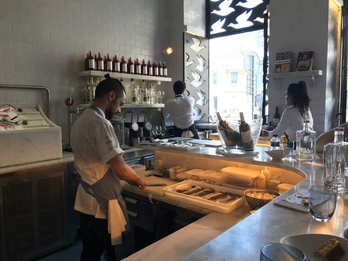 a cevicheria seafood bar lisbon 700x525 - The best seafood restaurants in Lisbon, Portugal